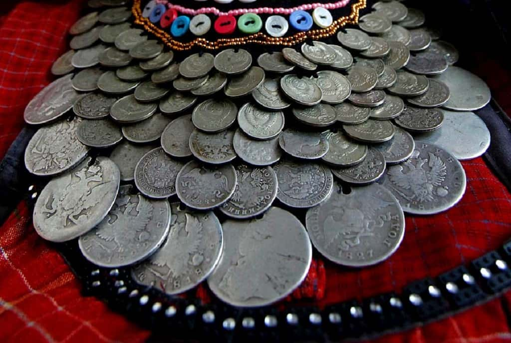 Мониста, декоративное ожерелье удмуртов